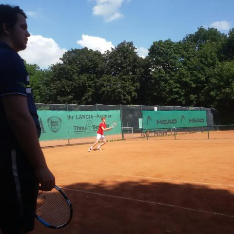 Alpadia Berlin-Werbellinseee Premium+ Tennis activity