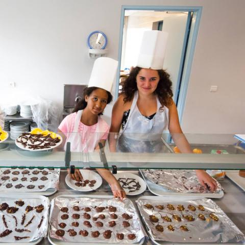 Alpadia Biarritz Summer Camp Premium+ Cooking activity