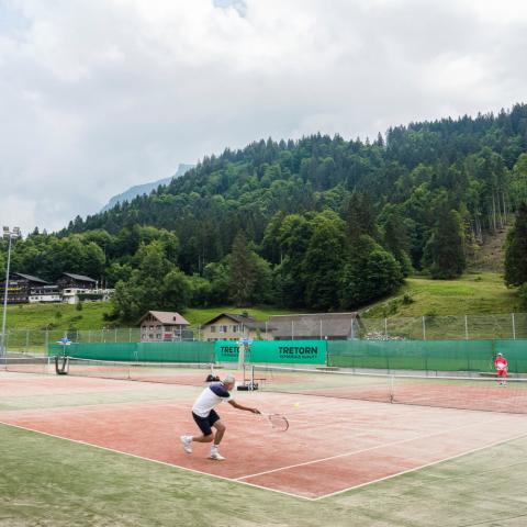 Alpadia Engelberg Premium+ Tennis activities