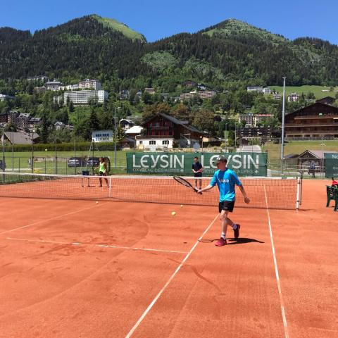 Alpadia Leysin Language Camp Premium+ Tennis activity