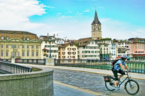 Bike tour in Zurich with Alpadia Language Schools