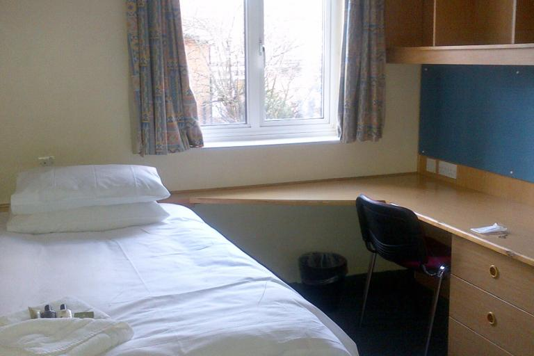 Alpadia London City English Summer Camp - accommodation gallery