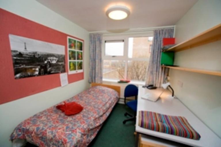 Alpadia London Surrey English Summer Camp - accommodation gallery
