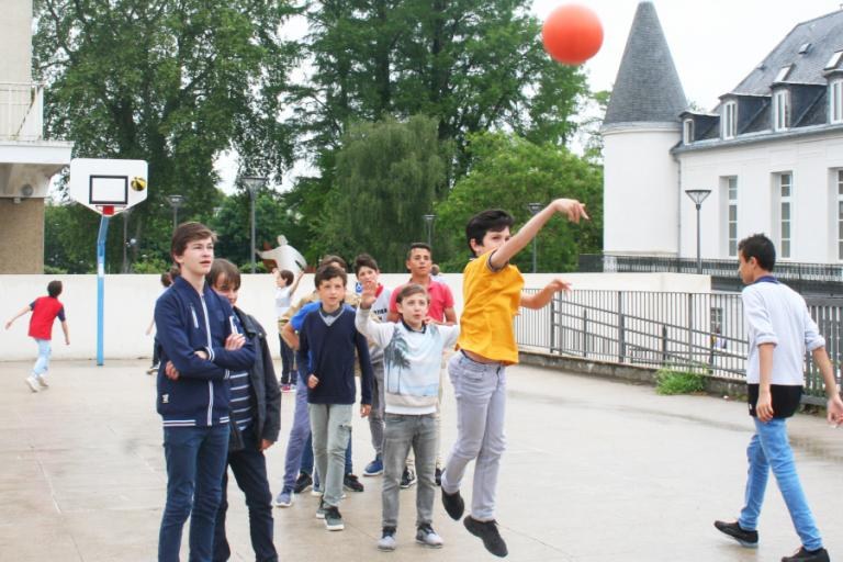 Alpadia French Summer Camp in Paris-Passy school gallery